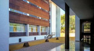 Interior residencia universitaria el doncel