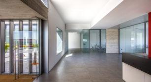 Obra minimalista arquitectura AIA